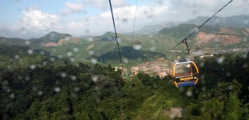 [5th Anniversary Trip] Mengunjungi Golden Bridge di Da Nang Vietnam