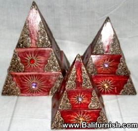 3-pyramid-wood-boxes-bali