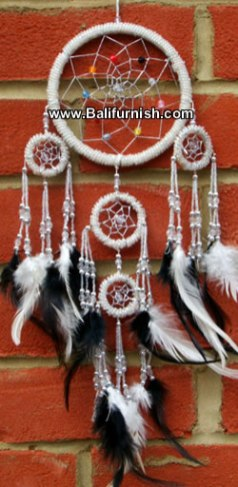 mbp5-3-dreamcatcher-factory-from-bali-b