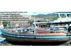 boat252017-1-old-wooden-boat-indonesia