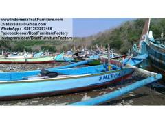 boat252017-2-old-wooden-boat-indonesia