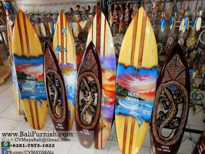 surf1-2-wood-surfboard-airbrush-crafts-bali