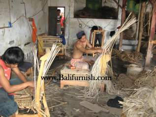 woven-furniture-factory-4