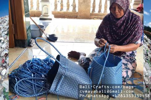 plbag2419-1-recycled-plastic-bags-indonesia