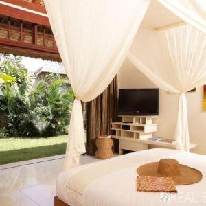 Fabulous Beach Front villa for Sale