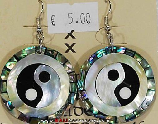 bali-shell-earrings-040-950-p