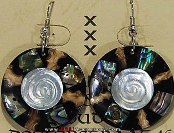 bali-shell-earrings-050-1561-p