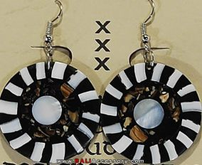bali-shell-earrings-085-1596-p