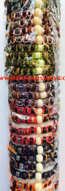 jmc-12-friendship-bracelets-indonesia