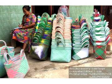 mgbag23120-7-handwoven-recycled-plastic-bags