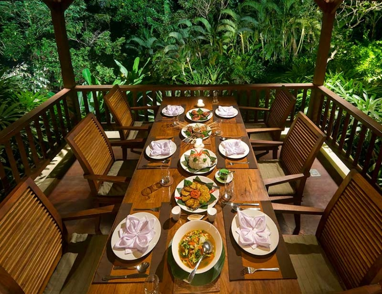 alamanda-dining-table-set-up - Bali Discover
