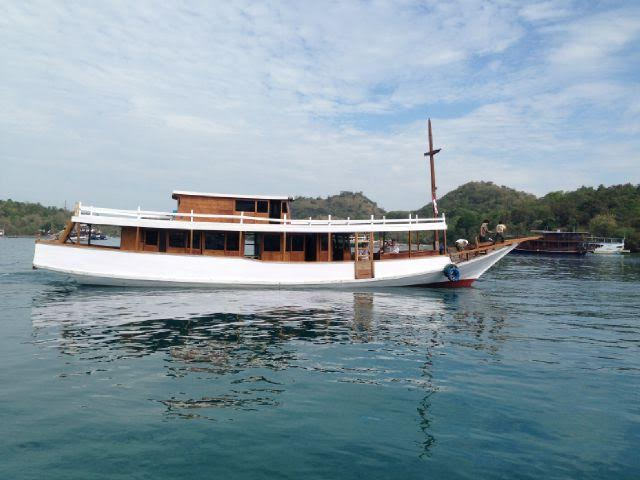 Komodo - 9 Islands Cruise - 4 days /3 nights
