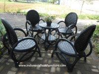 Recycled Rubber Tire Chair Furniture from Indonesia. Re