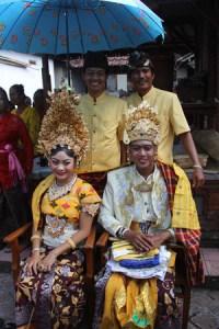 Balinese Wedding Ceremony (Pewiwahan) | Bali Island Surf ...
