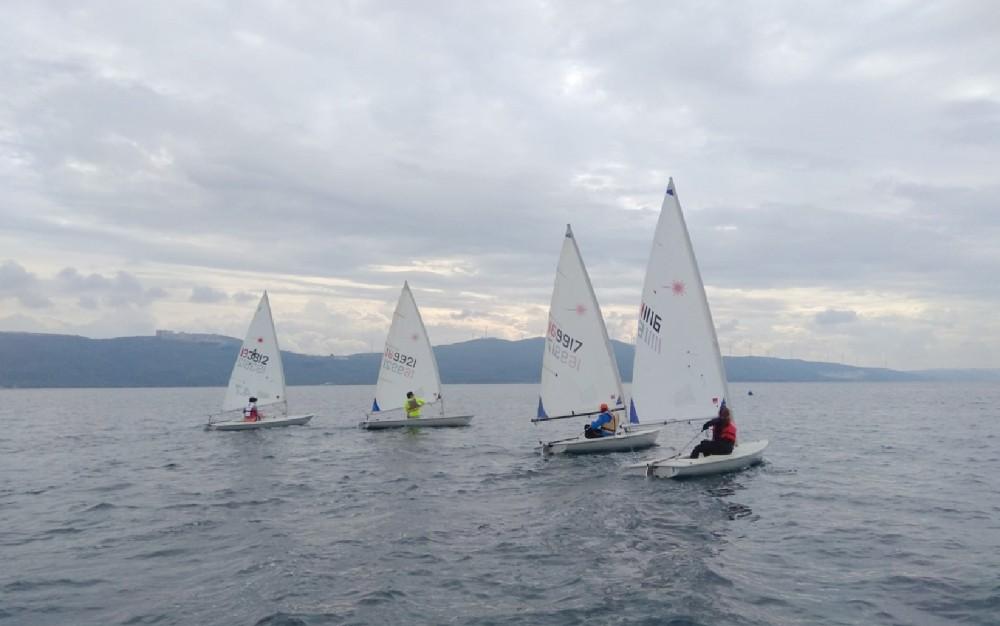 Erdek'te Cumhuriyet Kupası Yelken Yarışması düzenlendi