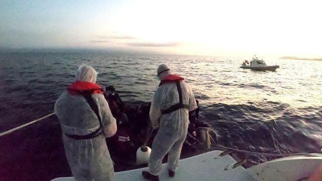 Ayvalık'ta 37 mülteci Sahil Güvenlik ekiplerince kurtarıldı