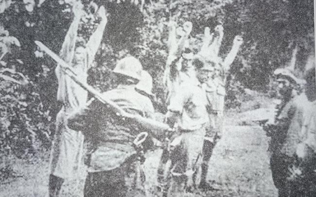 tentara jepang menyerbu belanda