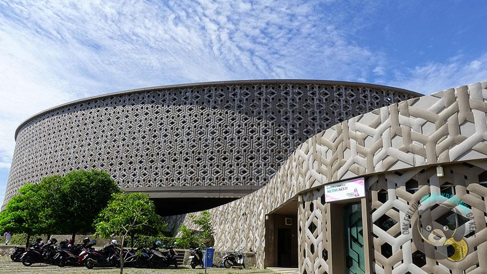 aceh tsunami museum bagian depan
