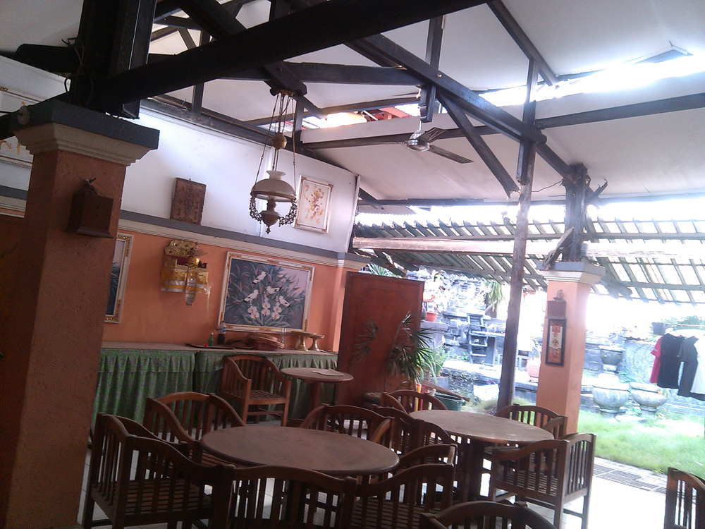 Restaurant in Kuta for lease