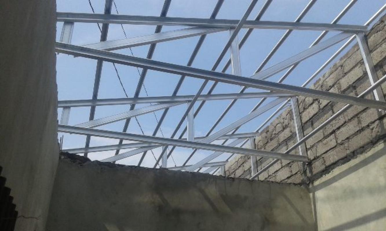 rangka atap baja ringan setengah kuda pelana bali roofing