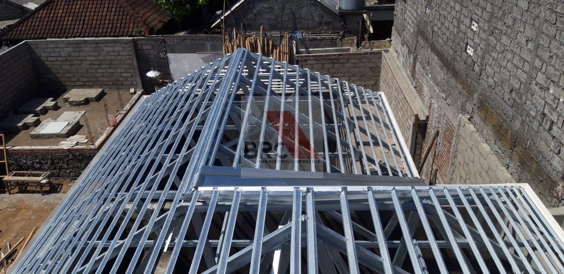 rangka atap baja ringan model limas perisai bali roofing