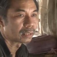 Les fous à Bali : les enchaînés