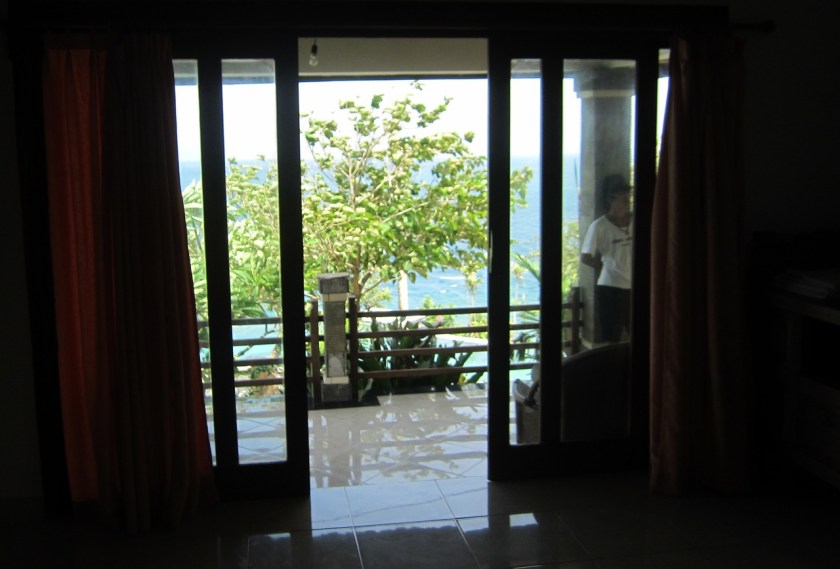 Room n°1 view at Wawa wewe rock homestay in Banuyning (Amed area), Karangasem, Bali, Indonesie