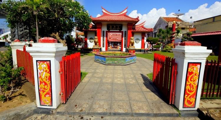 Le temple chinois de Ling Gwan Kiong à Singaraja (Buleleng)