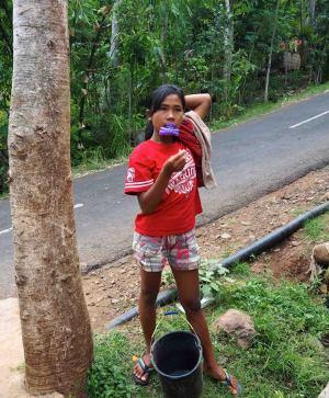 L'eau à Bali  indignation à Amed - Balisolo © Albagus (2)