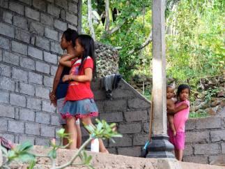 L'eau à Bali indignation à Amed - Balisolo © Albagus (6)