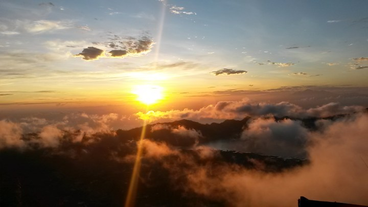 Lever de soleil au Mont Batur © Christelle