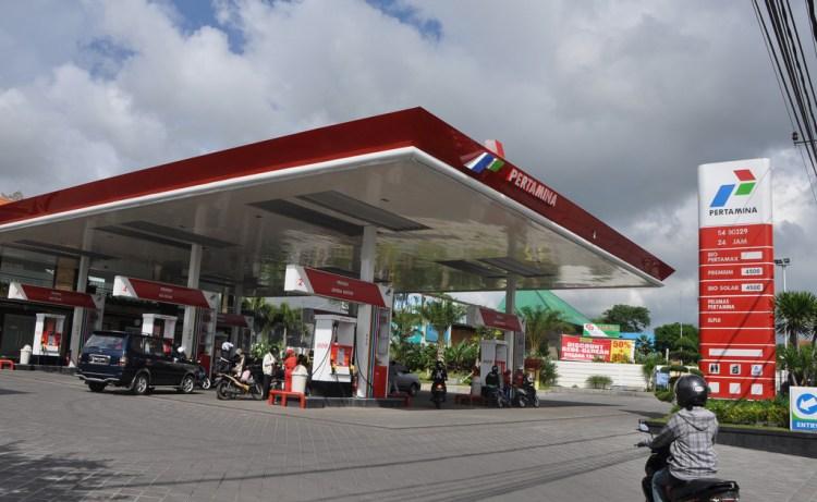 Les stations d'essence Pertamina à Bali © Minale Tattersfield