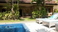 Se loger à Sanur - Piscine - le Café Locca Homestay - Balisolo_2