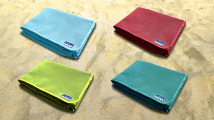 Quicksand mat, la serviette de plage anti-sable ! (3)
