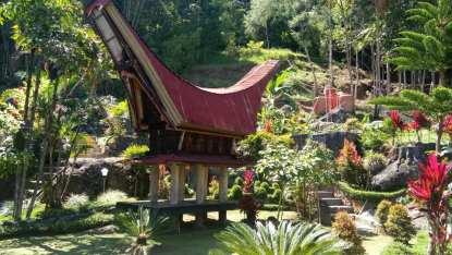 Christian Sura, guide francophone à Bali Sulawesi - Balisolo (12)