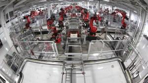 Tesla Motors Assembly Line by Steve Jurvetson (CC-BY 2.0) via Flickr (http://bit.ly/1Pubty6)
