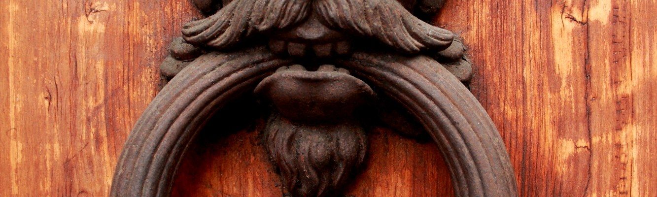 Door Knocker in Florence by Sigi K on Flicker - source: http://bit.ly/1Z5oAwa