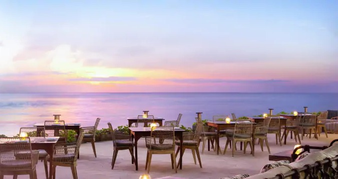 Romantic Dinner at The Shore Restaurant Nusa Dua