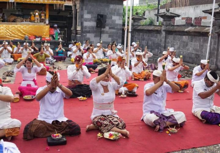 Piodalan Ceremony, Worship of the Gods as a Temple Commemoration