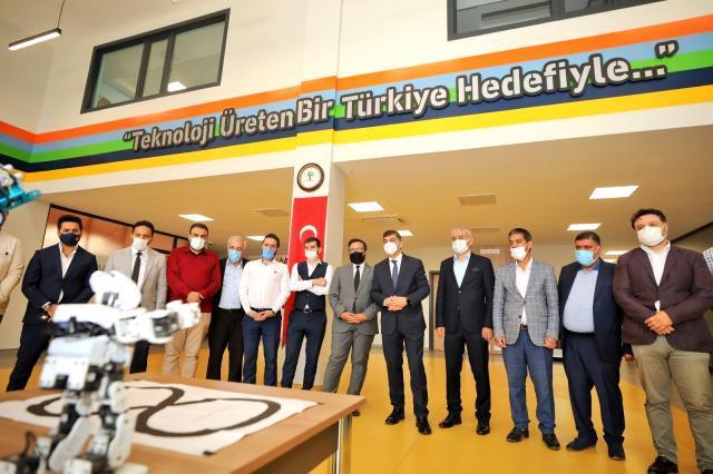 AK Parti İlçe Yönetimi, Şehitkamil'deki projeleri yerinde inceledi
