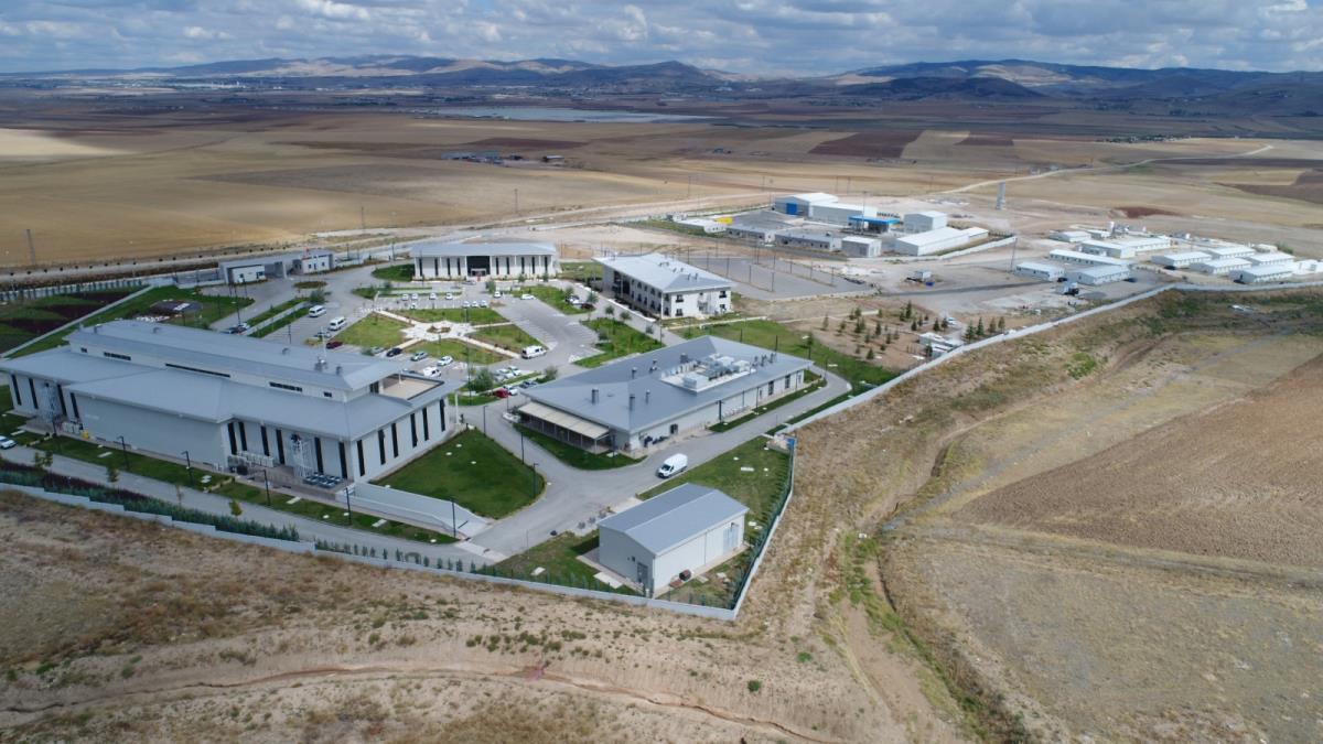 Cumhurbaşkanı Erdoğan tarafından açılan Ankara-Niğde otoyolundaki tesisler, 10 bin kişiye istihdam sağlayacak
