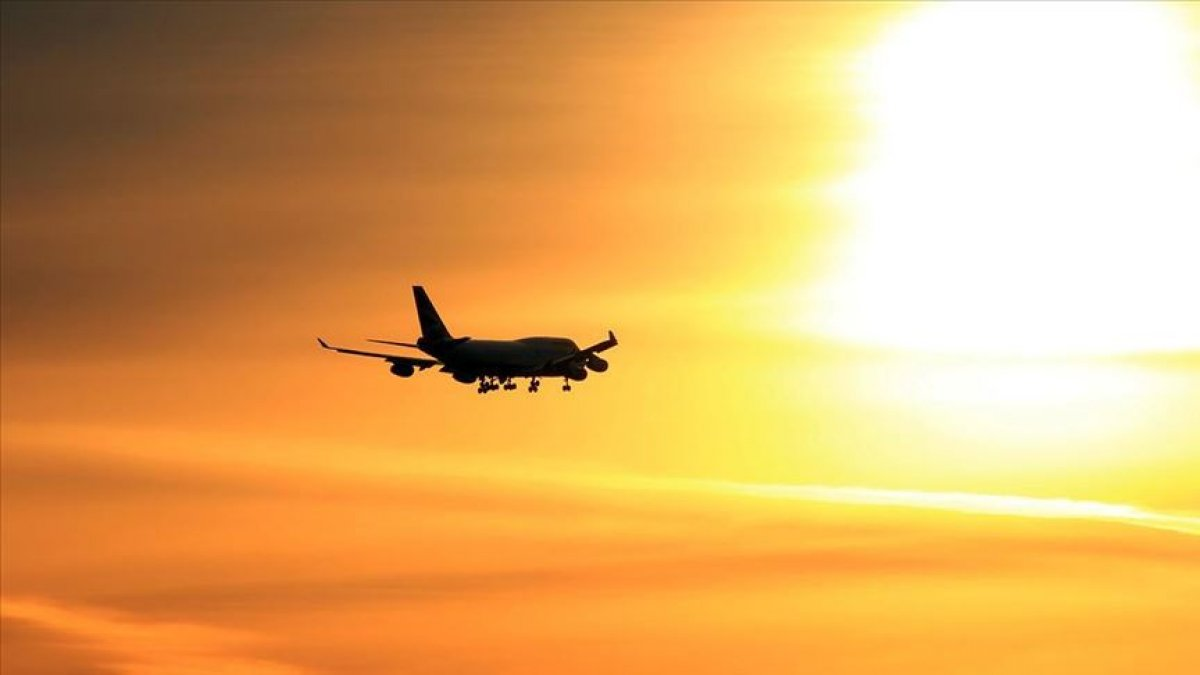 Japonya Hava Yolları kâr kaybı tahminini yükseltti