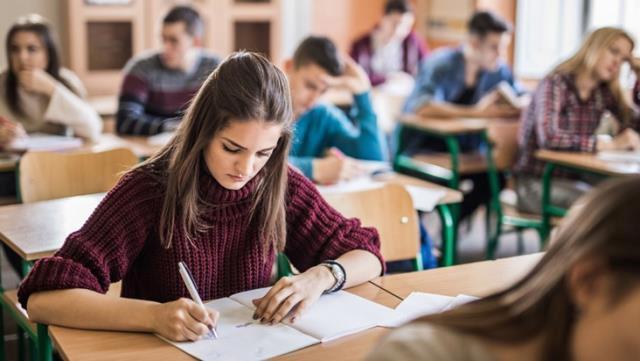 Lise 12. sınıflarda yüz yüze sınavlar ertelendi mi? Hangi sınıflarda erteleme yapıldı? Yüz yüze sınavlar ne zamana ertelendi?