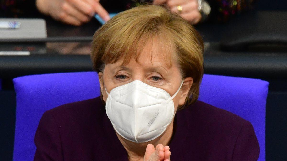 Merkel, 1 Şubat'ta aşı zirvesi düzenleyecek