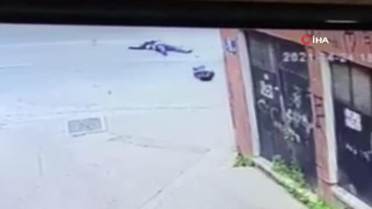 Motosikletli kuryenin hayatını kaybettiği kaza anı kamerada