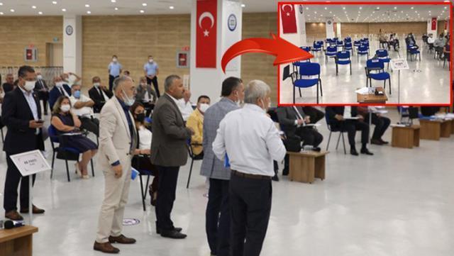 Muğla belediyesinde Atatürk'e hakaret eden imam kınandı, AK Parti ve MHP'liler salonu terk etti