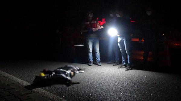 Otomobil çarptı, 200 metre sürüklenerek can verdi