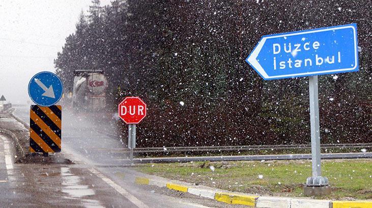 Son dakika haberi: Kar yağışı başladı! İstanbul'a doğru ilerliyor