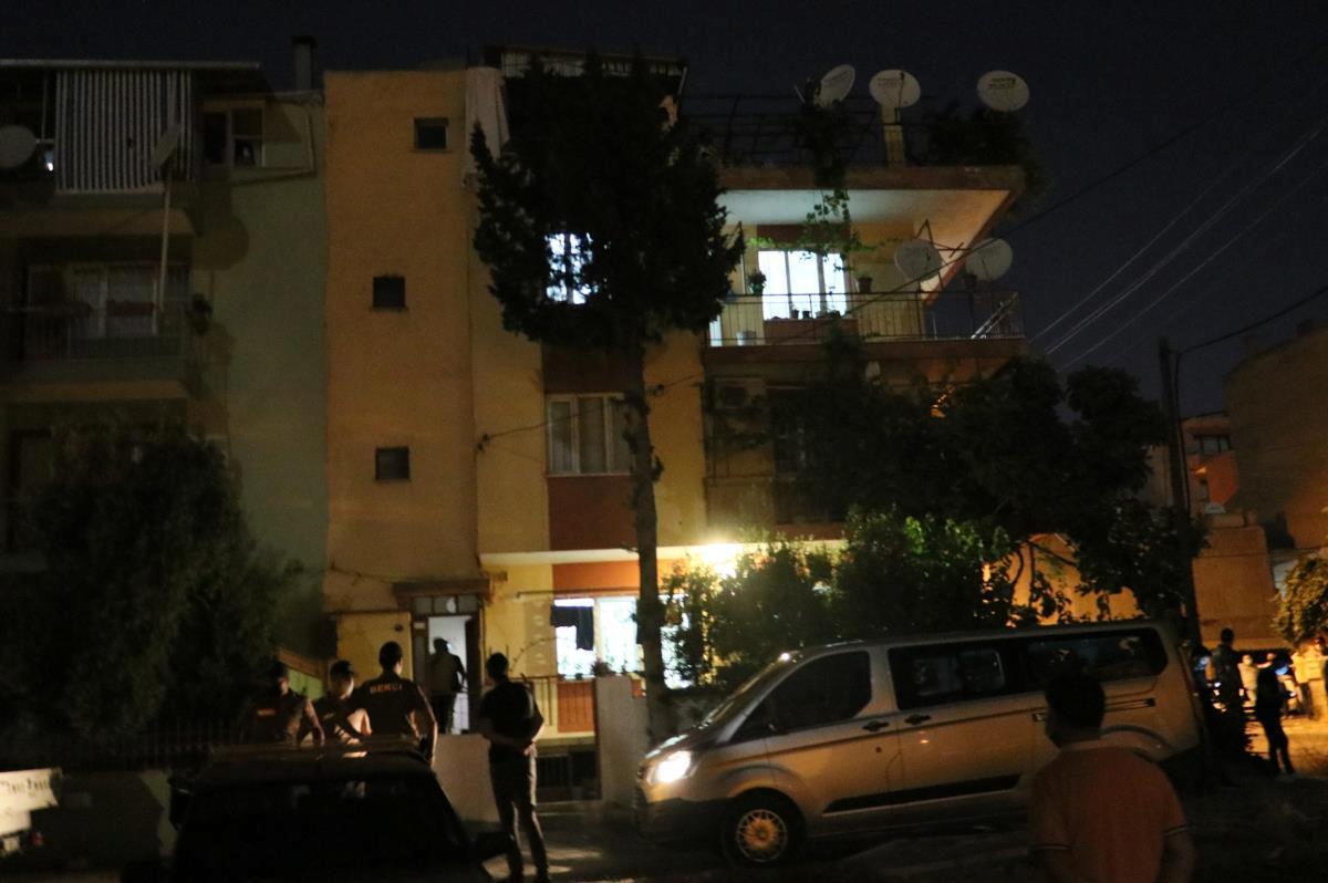 Son dakika haberleri… Annesini öldürüp cesedini çuvalla balkona bıraktığı iddia edilen Kazak kız yakalandı