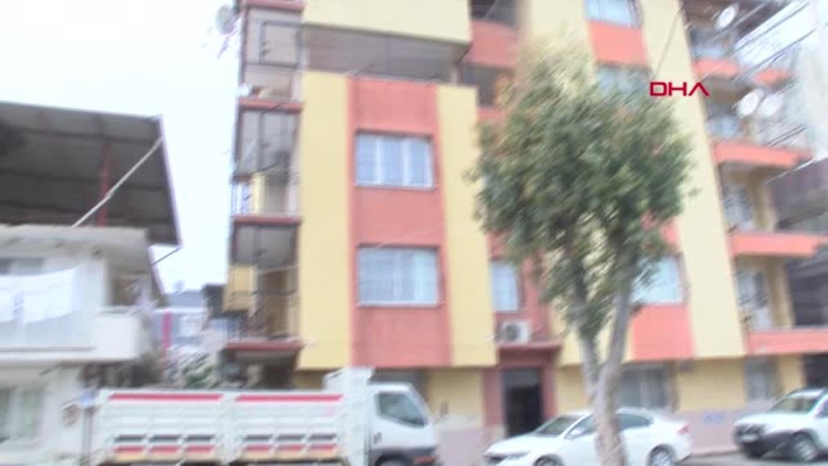 Son dakika haberleri… İZMİR İzmir' de eşini öldüren kocadan savunmaİznim olmadan dışarı çıkıyordu